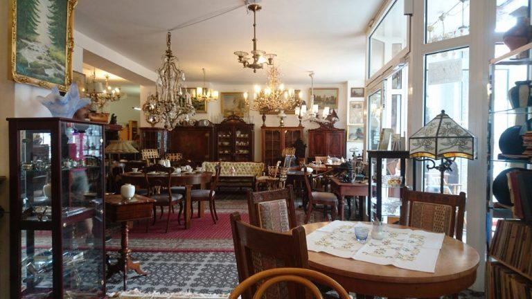 Antike Möbeln Verkauf Berlin-Charlottenburg